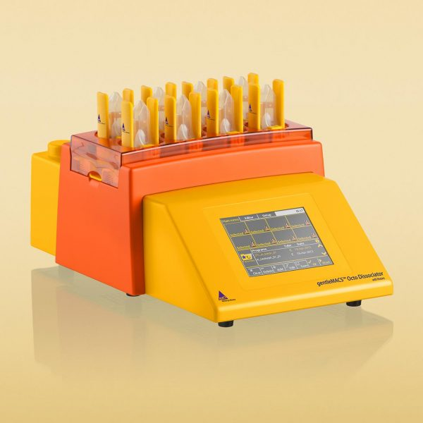 gentleMACS Octo Dissociator with Heaters
